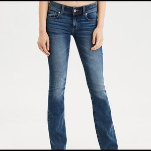 NWT American Eagle Kick Boot Jeans Stretch Size 2